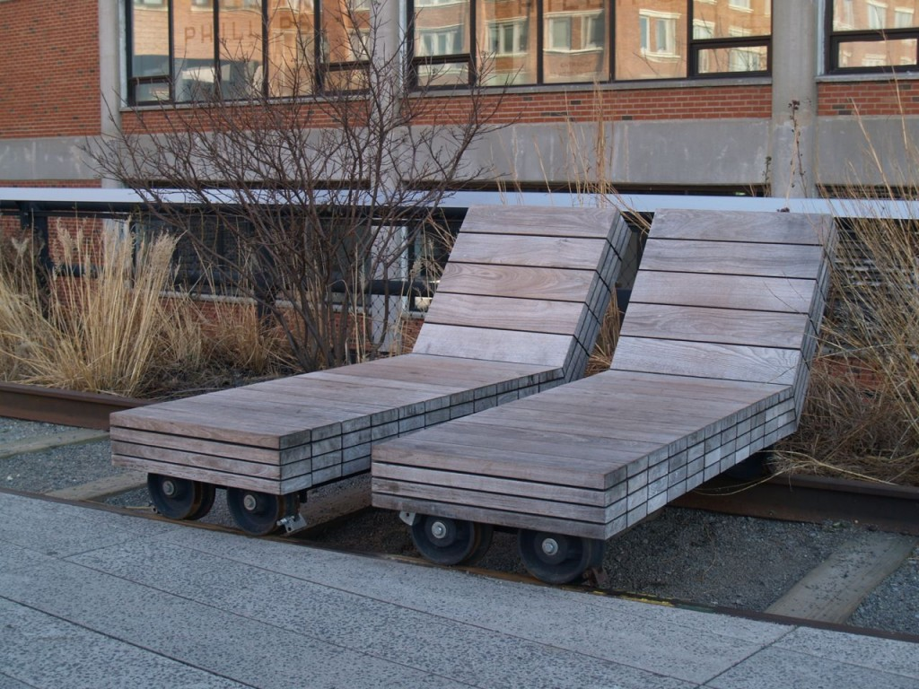 highline chairs on wheels