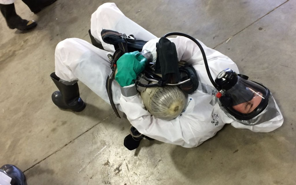 Cooling off by attaching the SCBA to the mask